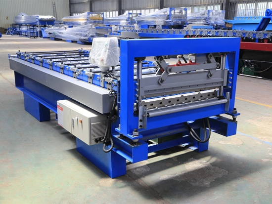 High Quality YX15-900 Roof Panel Forming Machine