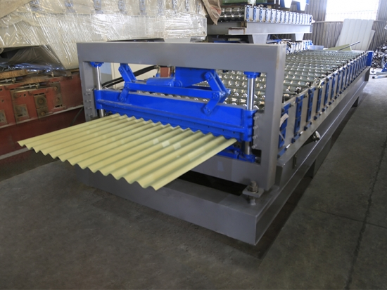 YX18-728 corrugated panel machine