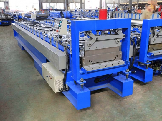Klip-Lok Roof Panel Roll Forming Machine For YX62-490 Profile Manufacturers