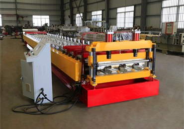 European style FLoor Decking Machine